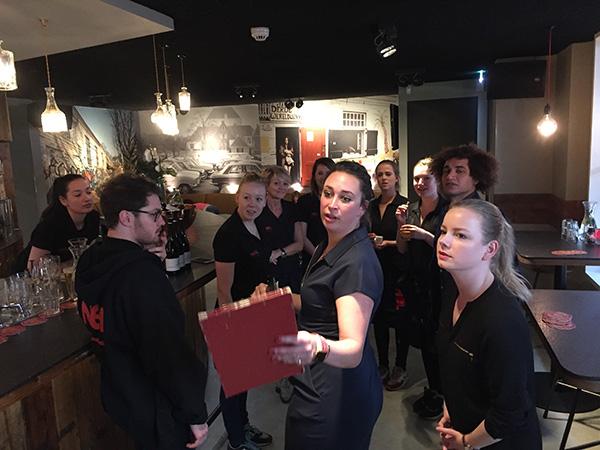 Brasserie NeL Amsterdam Amstelveld personeel
